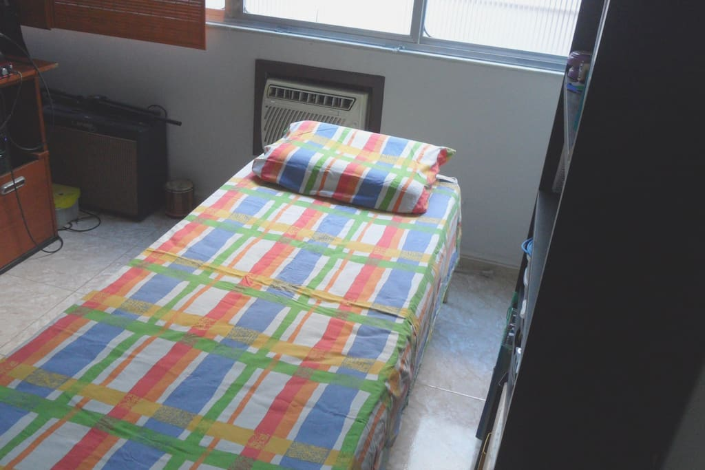 Single room with air con, wifi