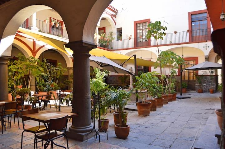 Santalavera Hotel
