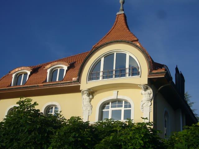 Top Ferienwohnung am See - **** - Buochs