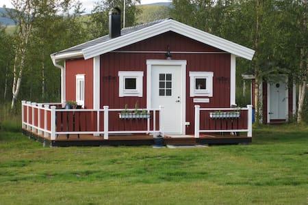 Noras stuga i Nikkaluokta nära Kebnekaise