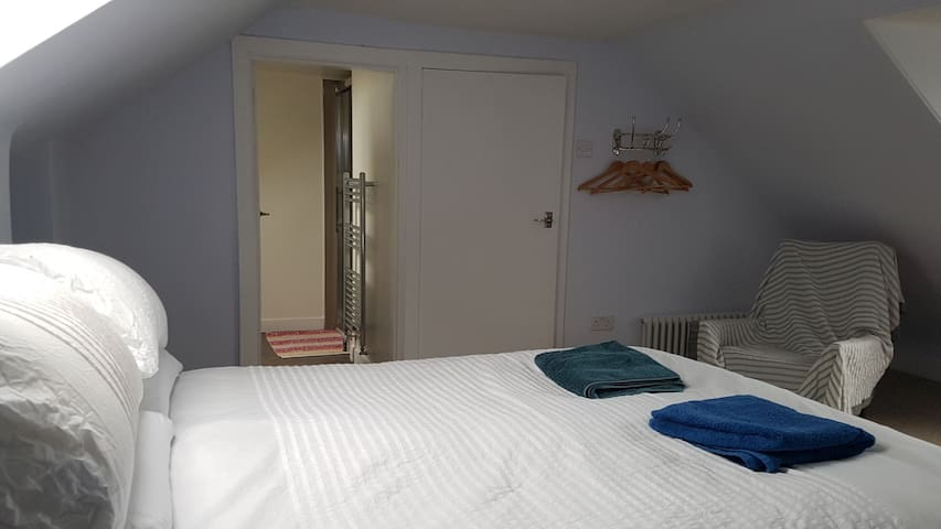 Private, Ensuite Double Room