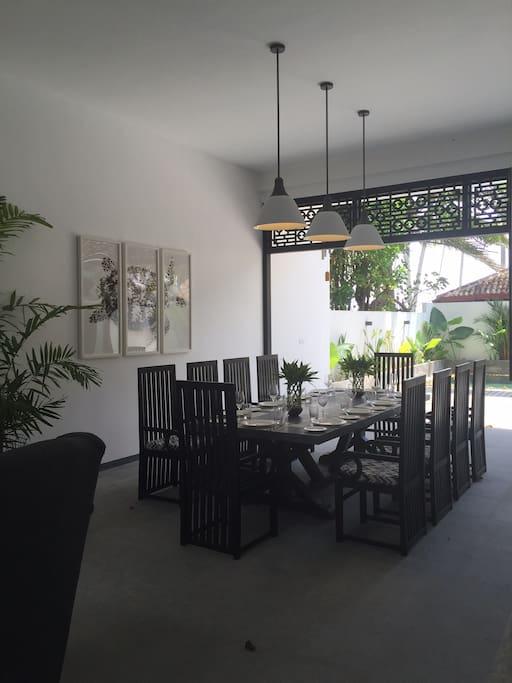 Indoor Dining Villa Five