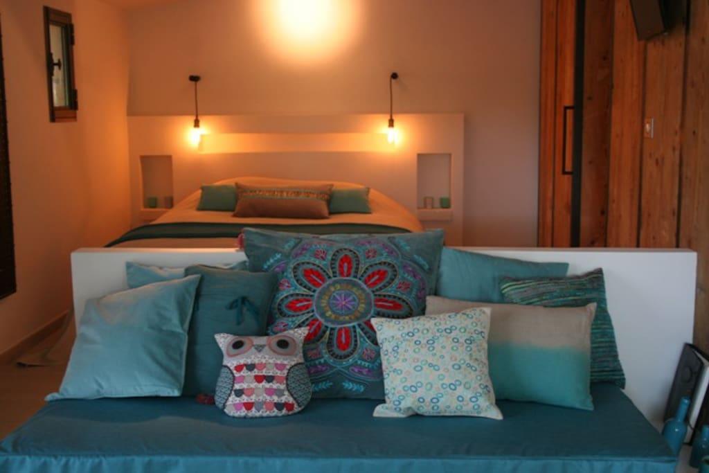 le nid de la huppe maison d 39 h tes de charme houses for. Black Bedroom Furniture Sets. Home Design Ideas