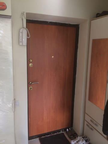 Квартира 34 кв.м. возле метро