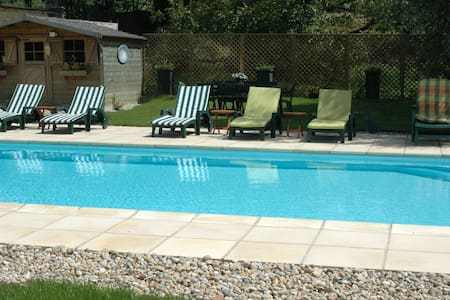 Large 5* house sleeping 24/26 and 20 mn from beach - Sempy - Hus