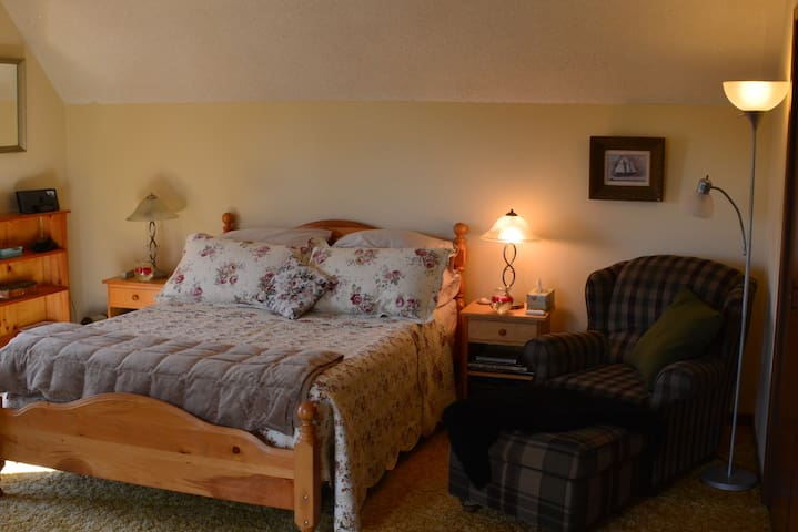 Features three bedrooms.  This is the Captain's Quarters.