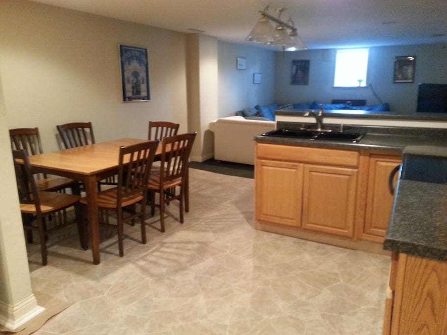 Lg dining table, seats 6-8
