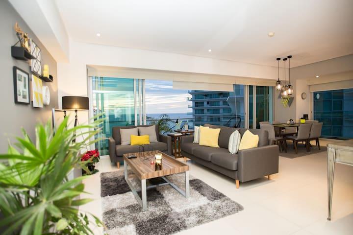Icon Vallarta Elite Oceanfront Apt  19th Floor