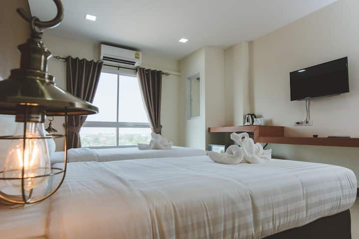 Lover Jidawanrat Grand Hotel