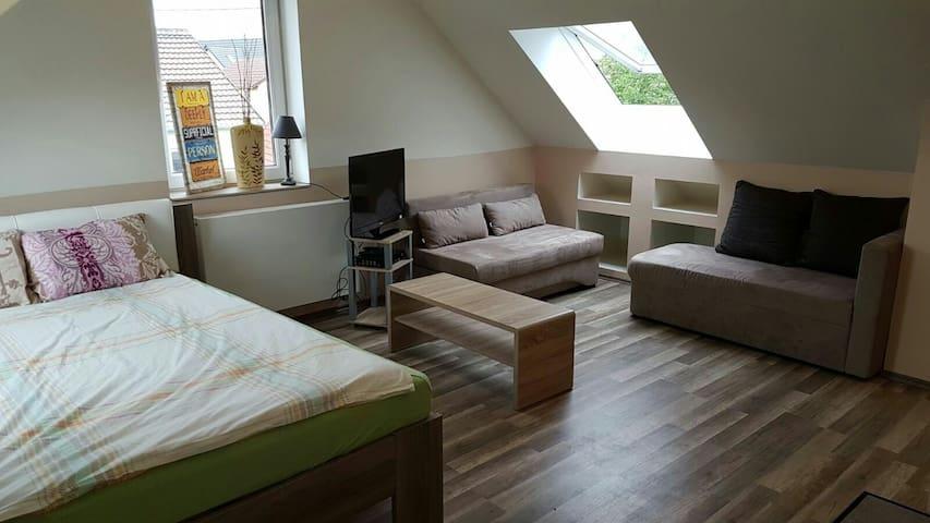 Dachgeschoss in Reutlingen - Reutlingen  - Appartement