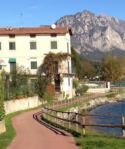 House&lake - Pescate