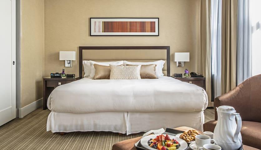 Grand Suite @ Raffaello Hotel