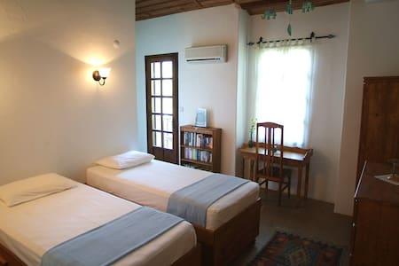 kaya köy MİSAFİR EVİ - fethiye - Szoba reggelivel