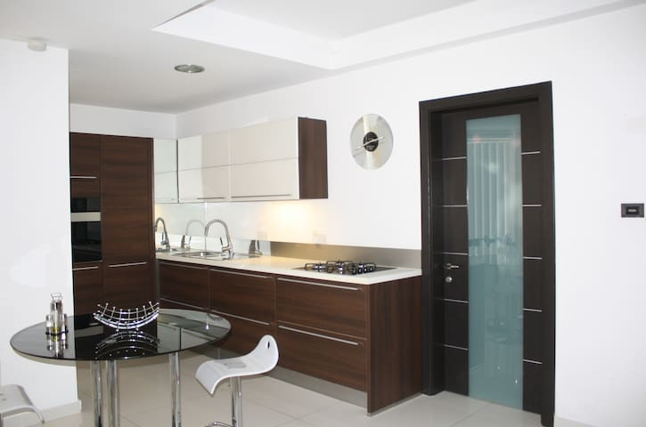 Luxurious Modern  Best Location Apartment