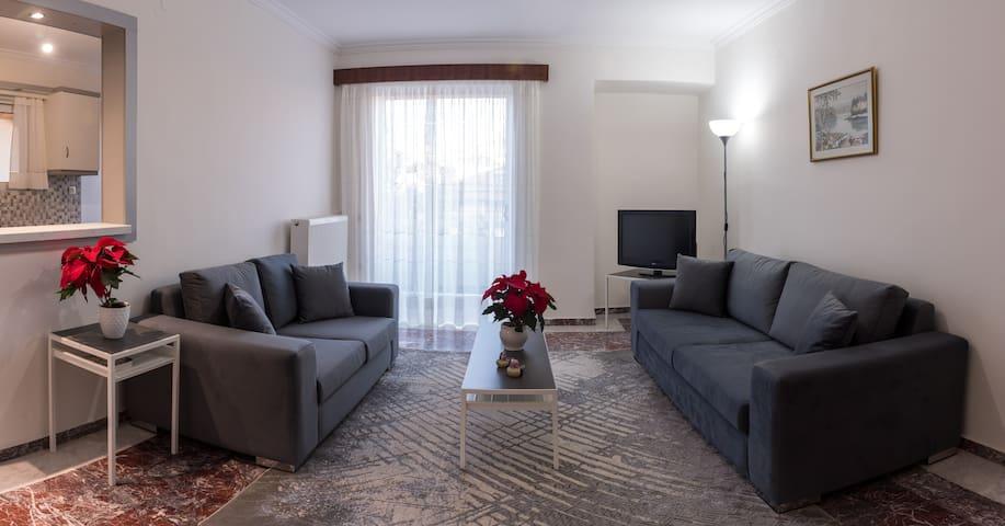 Ευρύχωρο και ανακαινισμένο διαμέρισμα