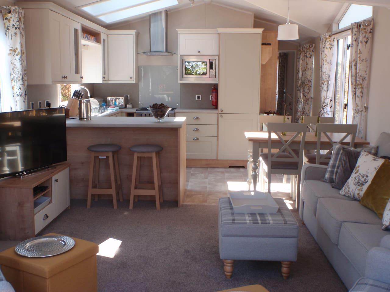 Bright living/kitchen room