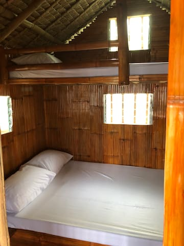 Bahay Kubo Accommodation (Beachfront)