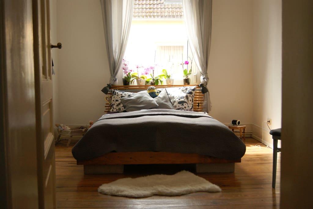 Das Schlafzimmer / bedroom