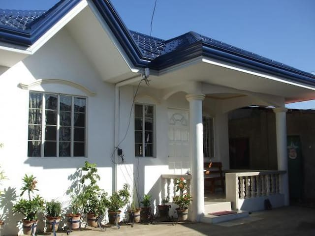 3 bedroom house in Lapu-Lapu City.