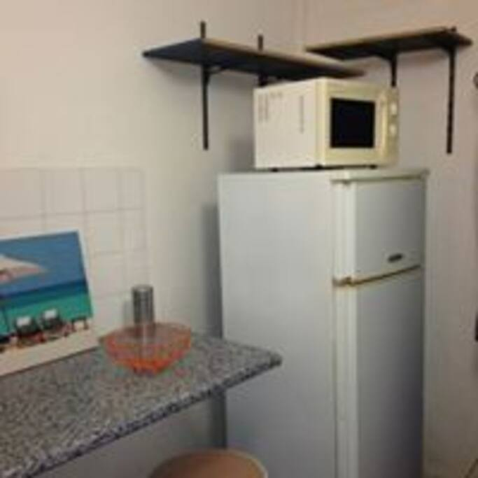 frigo et micro onde