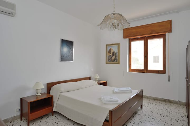 B&B SCALA DEI TURCHI TETIDE - Porto Empedocle - Bed & Breakfast