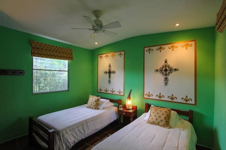 Joyful, Twin Room, Casita, Soul House