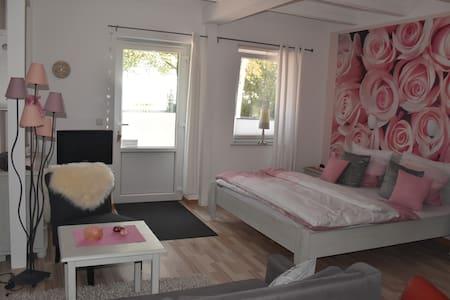 Rosenquarz Appartement für 2 Liebende