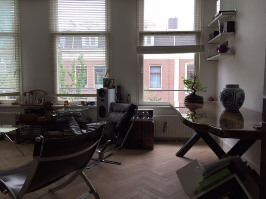 Light apartment, great floor and great seating