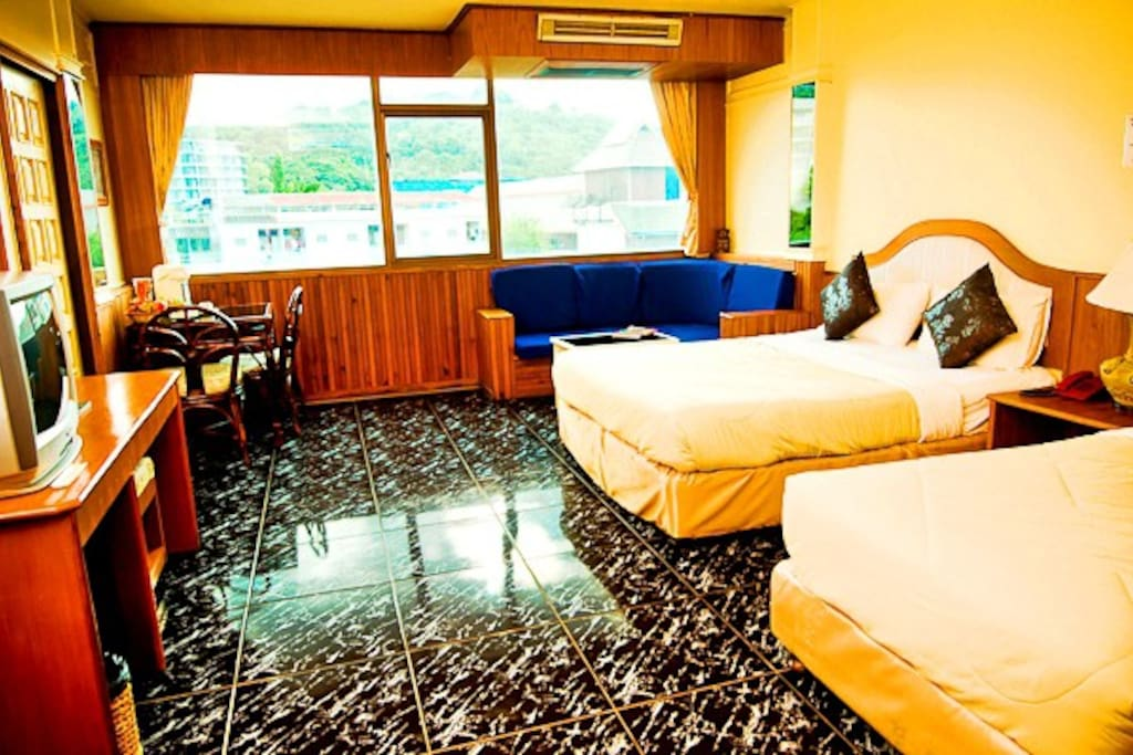 Deluxe-Quad room for 4 persons