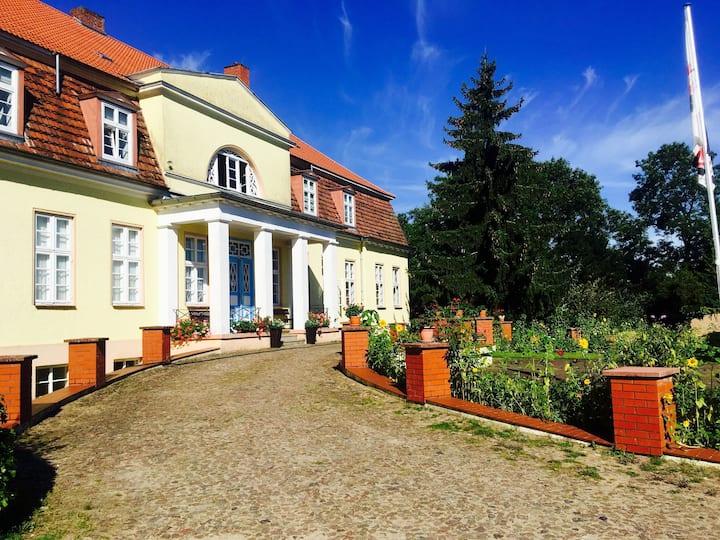 Ferienwohnung/App. für 5 Gäste mit 82m² in Borkow (65849)