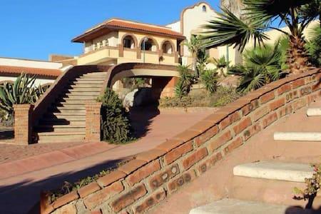 Hacienda Bugambilias Rustic getaway and ocean view - Villa