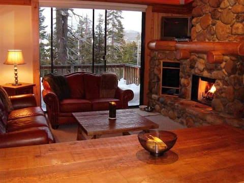 Beautiful North Lake Tahoe Condo