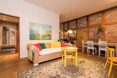 Cozy and Spacious Apartment - Heart of Old Town - Таллинн - Квартира