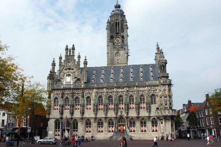Gids van Isabelle - Middelburg