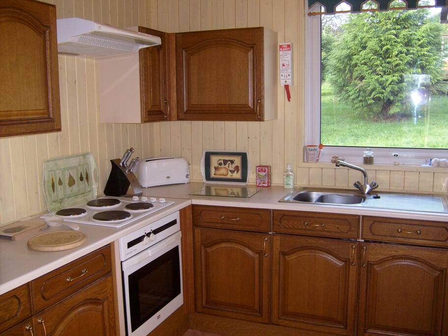 Holly Lodge - Kitchen.