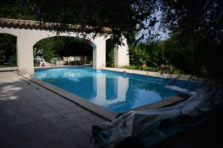 Big Flat in old Provence House with swimming-pool - Saint-Maurice sûr Eygues - Apartment