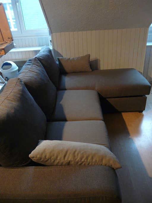 canapé lit 2 personnes 150 cm de largeur
