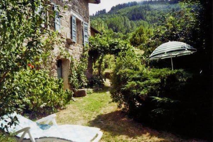 maison en pierre typique - Saint-Martin-de-Valamas