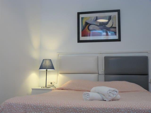 tercera habitación cama 135