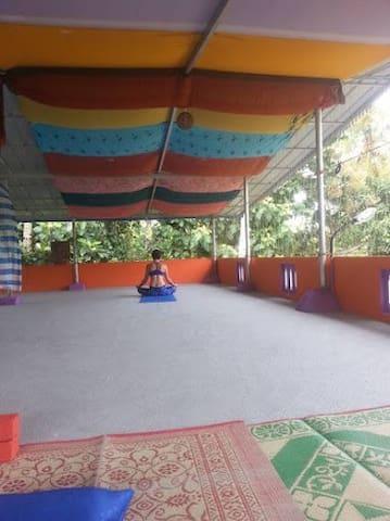 Nice&Easy-Raga Saagaram Room - Varkala  - Rumah