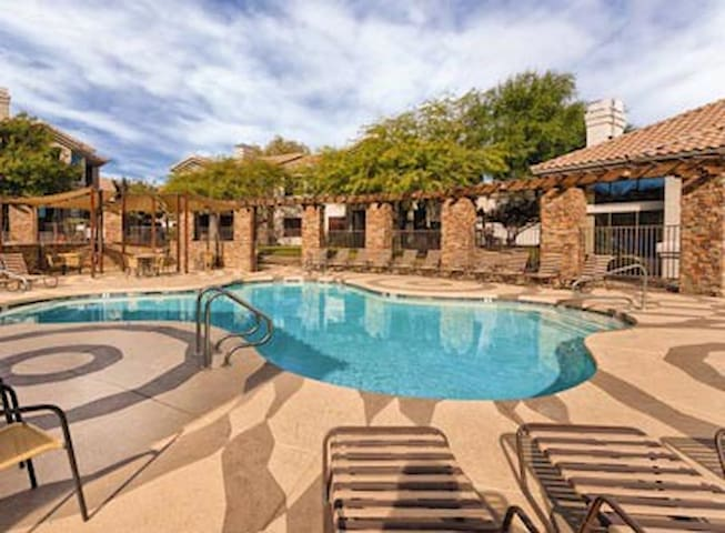 South Mountain Preserve, AZ, 2 Bedroom Z #1