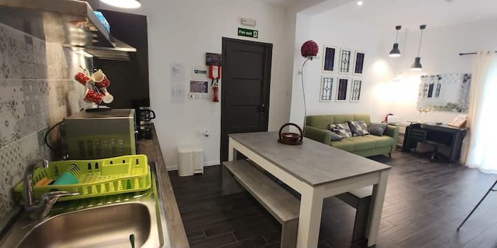 PRholidays' Designer 2 bedroom apartment, Pacha2
