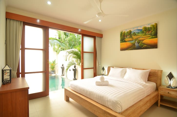 Secluded in the peaceful sanur - Denpasar - Villa