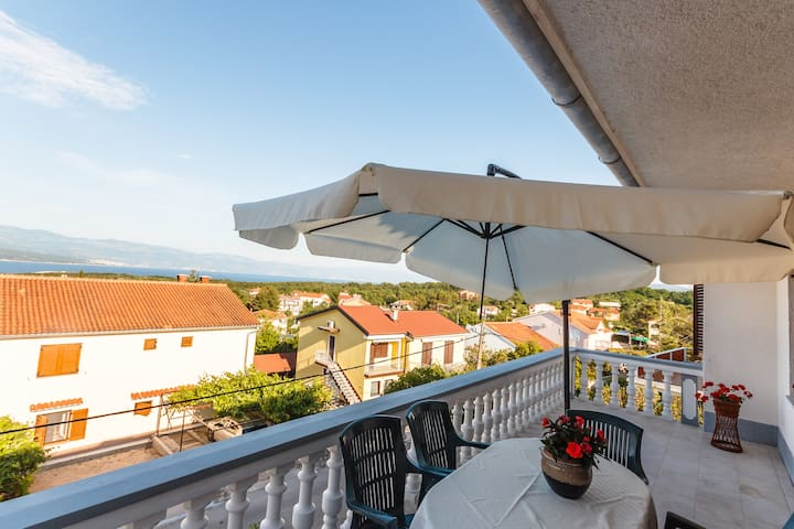 Big Apartment on the top of house! - Krk - Appartement
