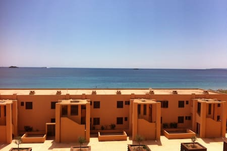 Beachfront Apt.with Stunning Views! - Sant Josep de sa Talaia