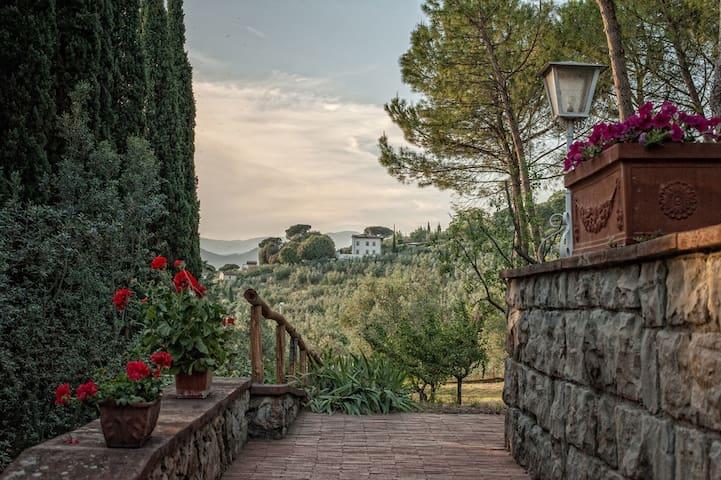 Florence Villa with Park (10+) - Prato - Villa