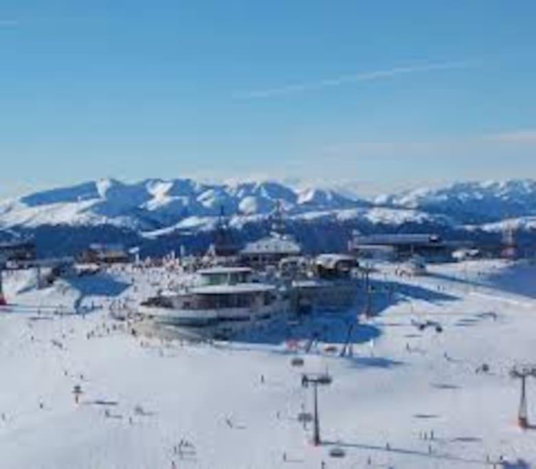 Wintersport Gebiet Kronplatz (10 Min.) - Area sciistica Plan de corones (10 min)