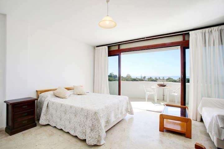 Stunning Marbella seaview apartment 5min beach 504