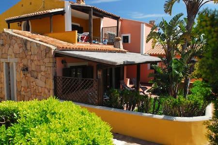 Casa Lory, perfekt für Familien und Sportler - Porto Pollo