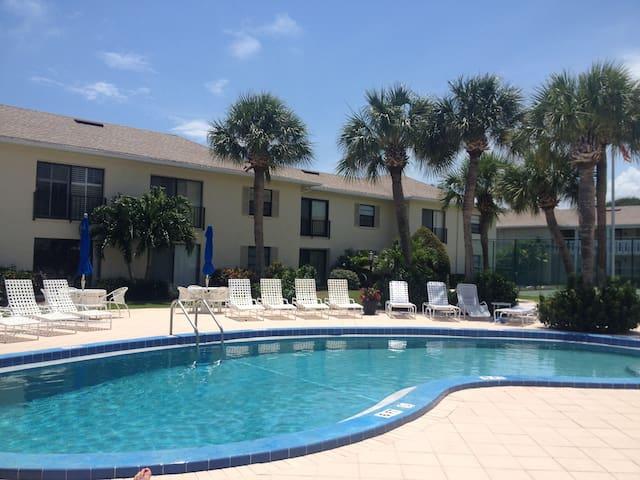 Condo for Rent in Beautiful Vero Beach Florida - Indian River Shores - Apartamento